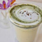 Moringa latte, moringa lakrids latte, moringa, moringa opskrift, moringa recipe